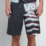 Volcom Liberate Mod Boardshorts – Black – 33